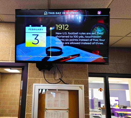 Central Lyon Middle School Digital Signage_Rise Vision template
