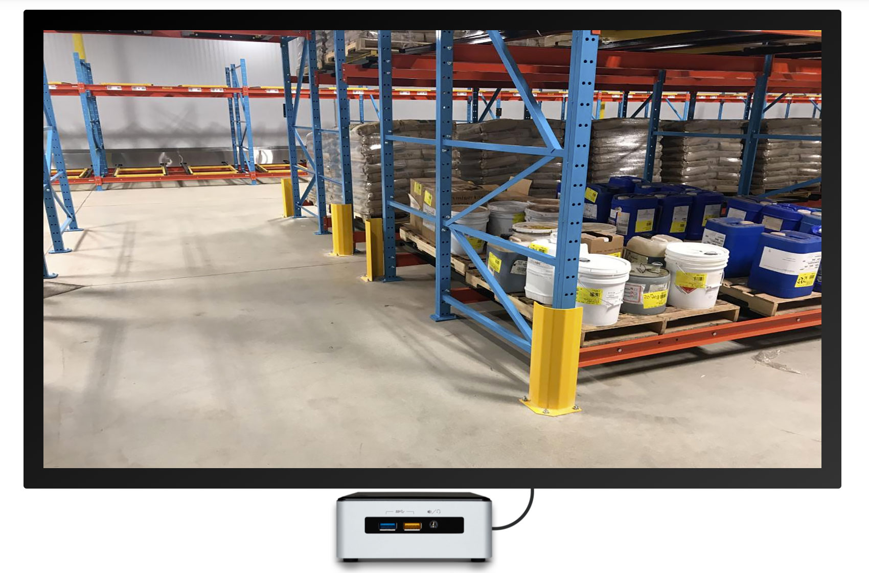 digital signage as warehouse corner safety solution