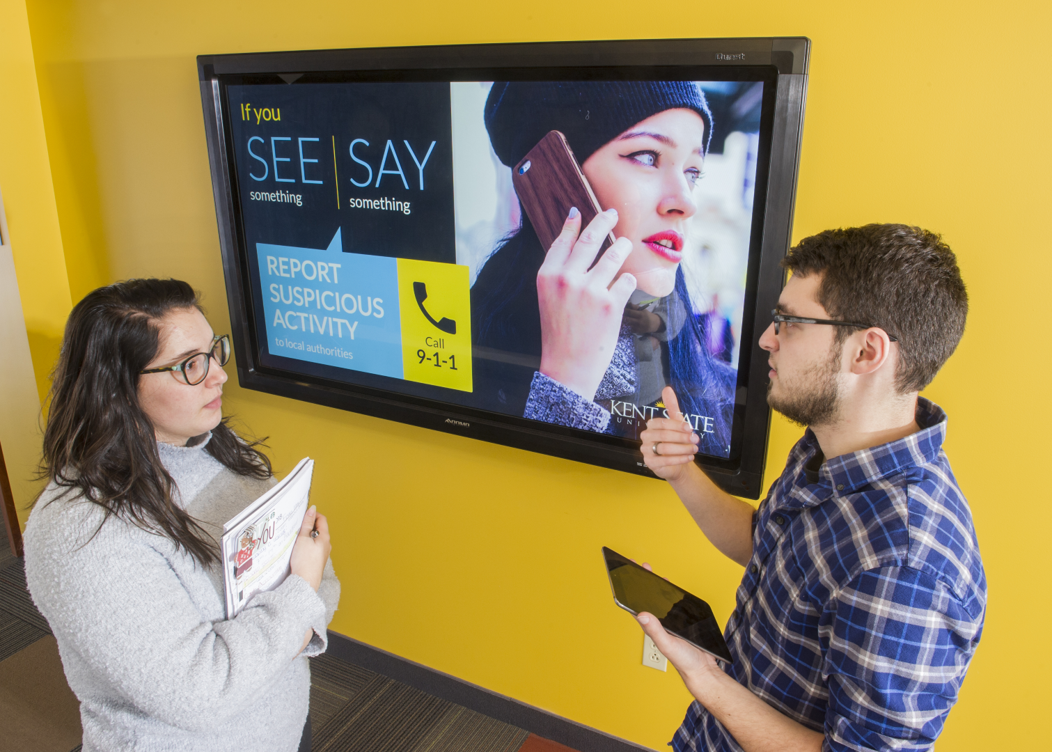 Safety digital signage at Kent State University