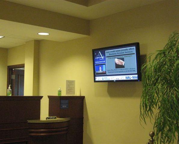 digital signage for banks