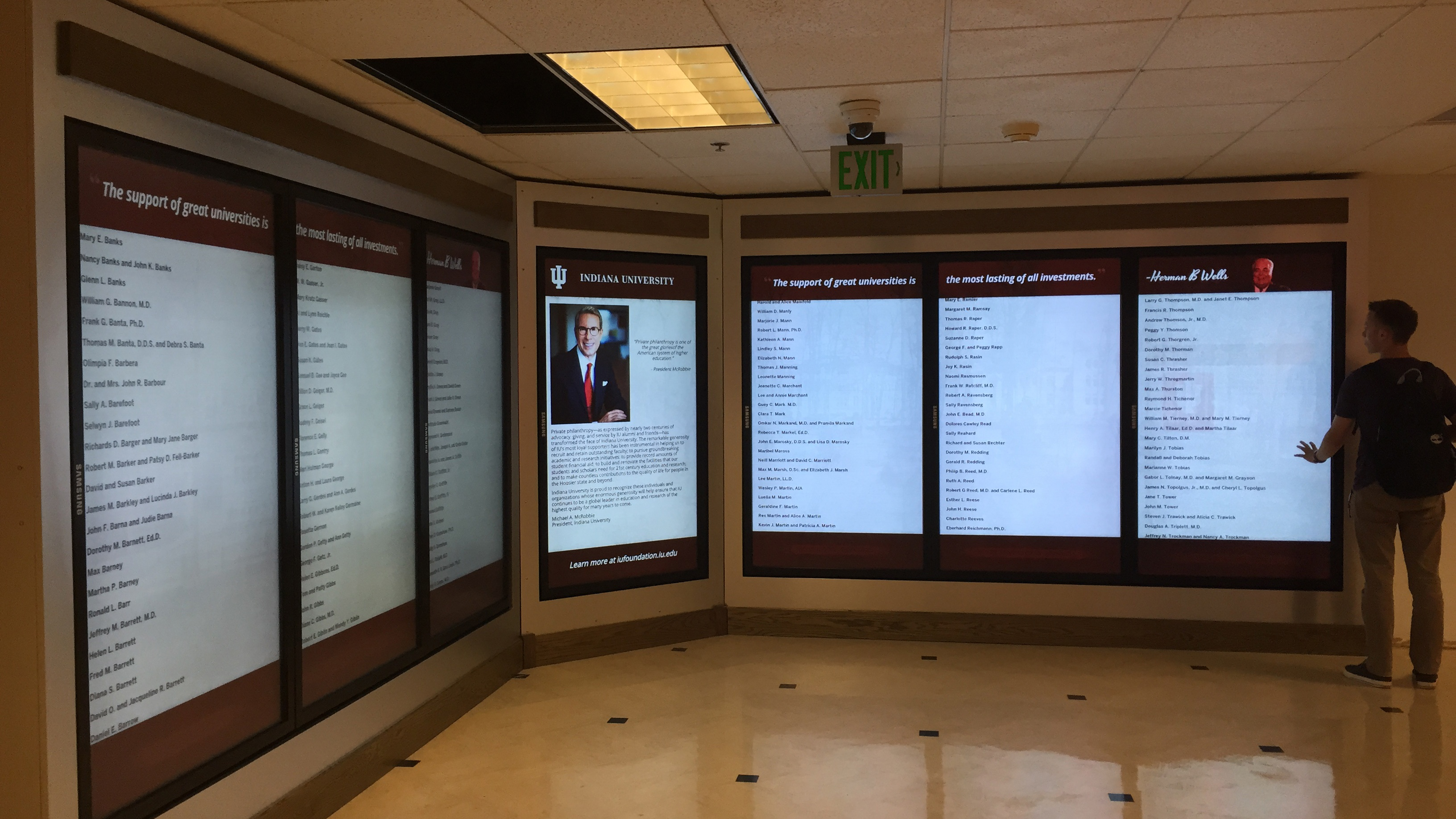 digital donor wall