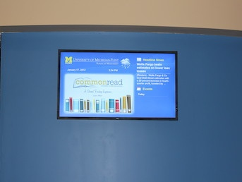 digital signage for schools