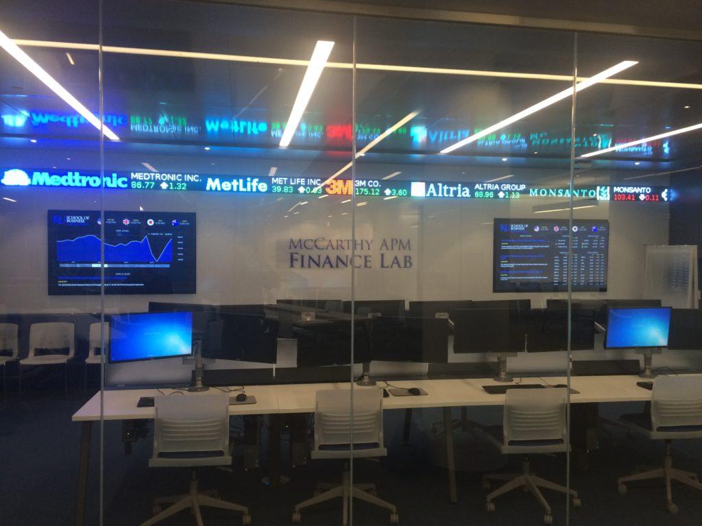 digital-signage-for-university-finance-labs-kansas-university-1024x768.jpg