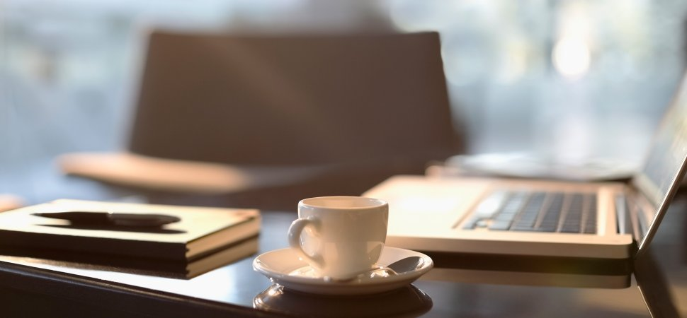 laptop-coffee-1940x900_35055.jpg